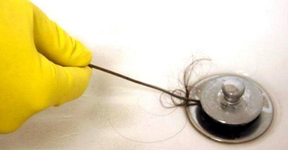 ¿Cómo desatascar un plato de ducha?